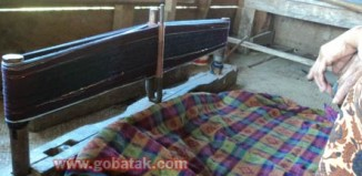 More About Batak Weaving