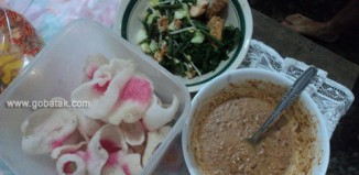 Pocal (pecel, pecal)
