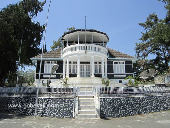 The Palace of President Sukarno in The Land of Batak