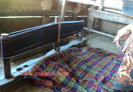 More About Batak Weaving