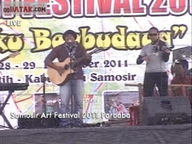 Tongam Sirait Awali Pembukaan Samosir Art Festival 2011
